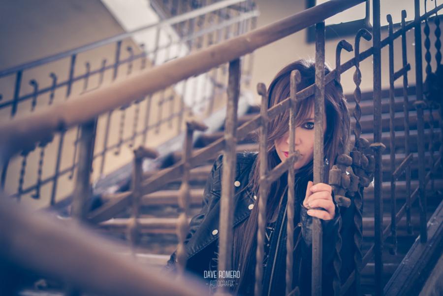 www.daveromerofoto.com-book-anika-6